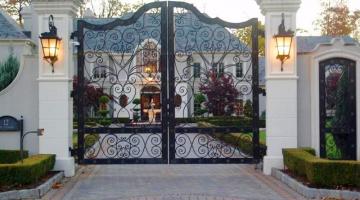 Hỗ trợ thiết kế hệ thống cổng biệt thự sân vườn đẹp
